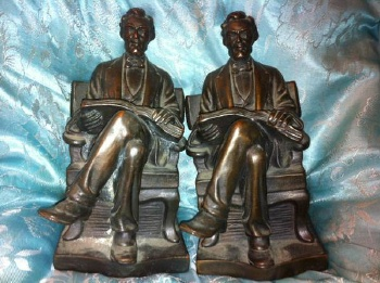 Image for ABRAHAM LINCOLN, BRONZE CLAD BOOKENDS BY PAUL BENEDUCE. $165.00